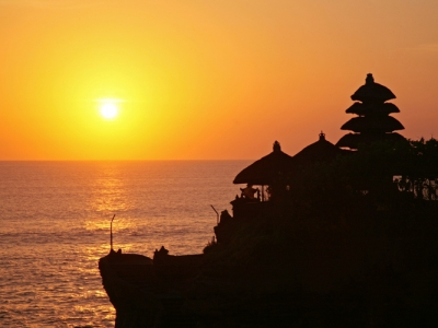 Tanah Lot Sunset  Tour & Dinner